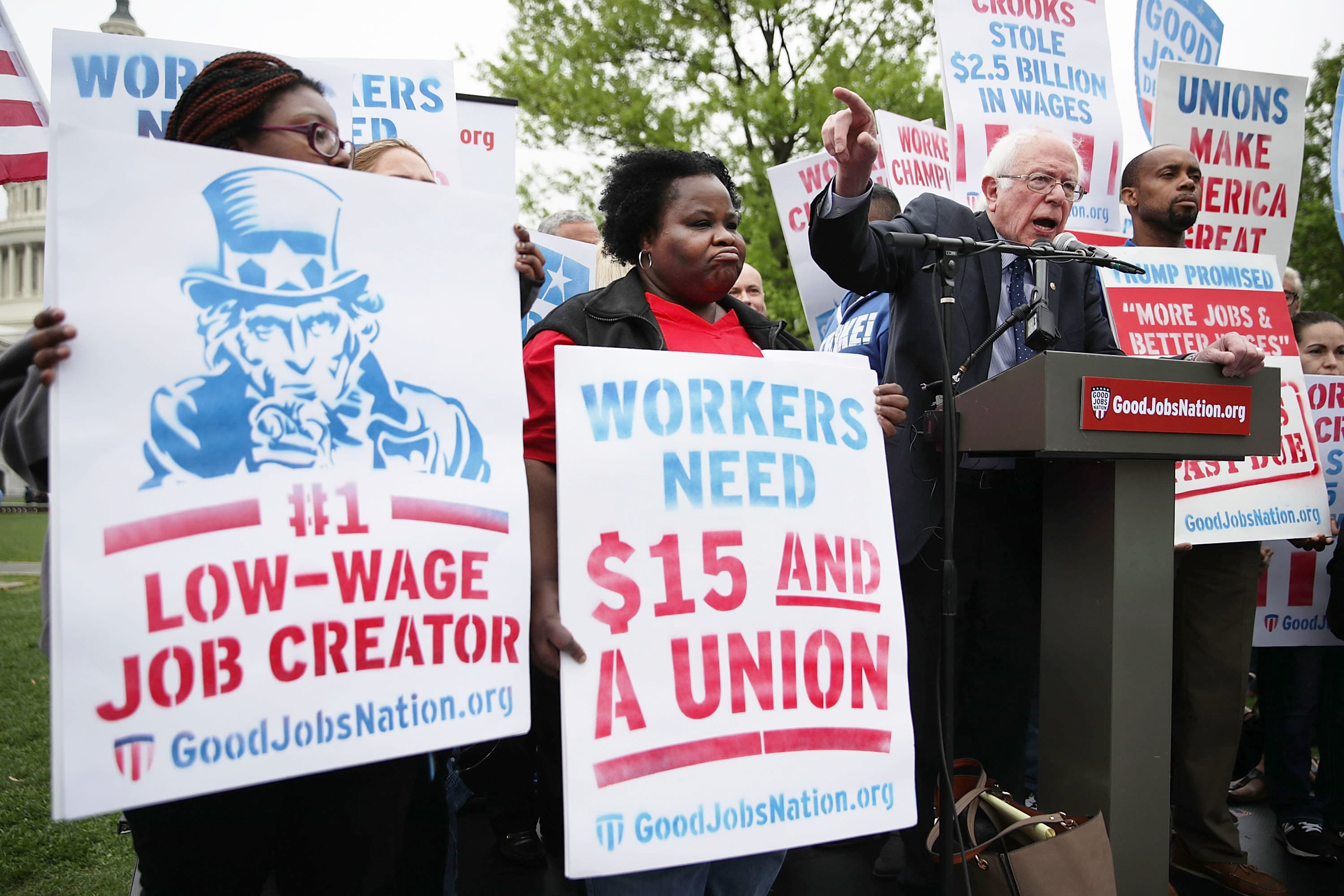 2020 Democrats embrace a $15 US minimum wage as they target Trump's economy