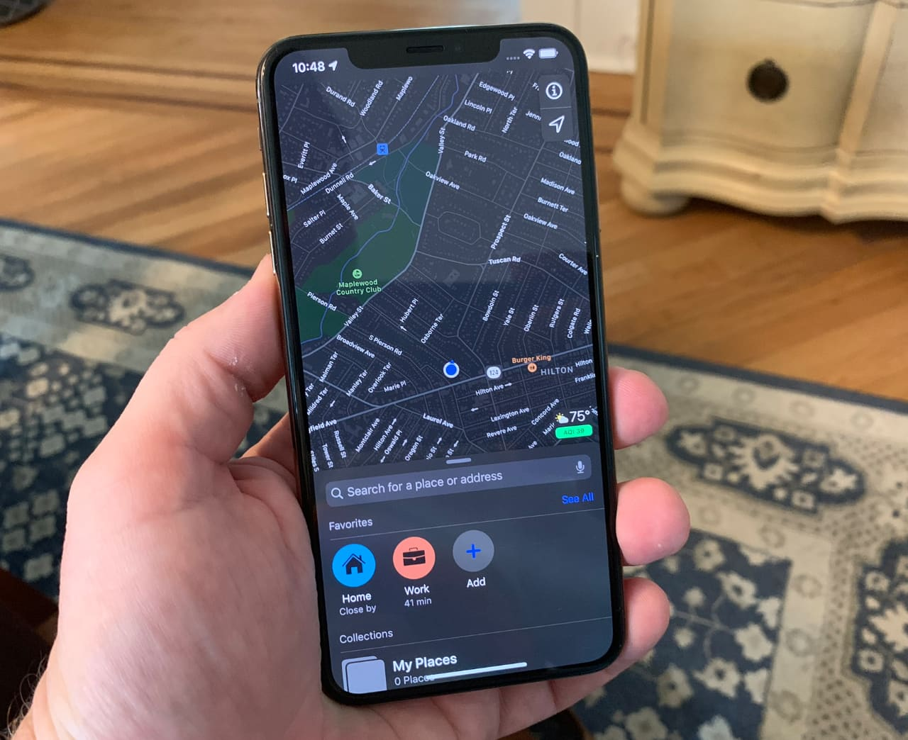 Here's a first look at 'dark mode' on the iPhone