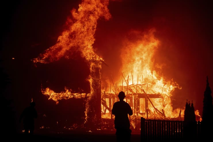 AP Image Camp Fire Burns Paradise, Calif