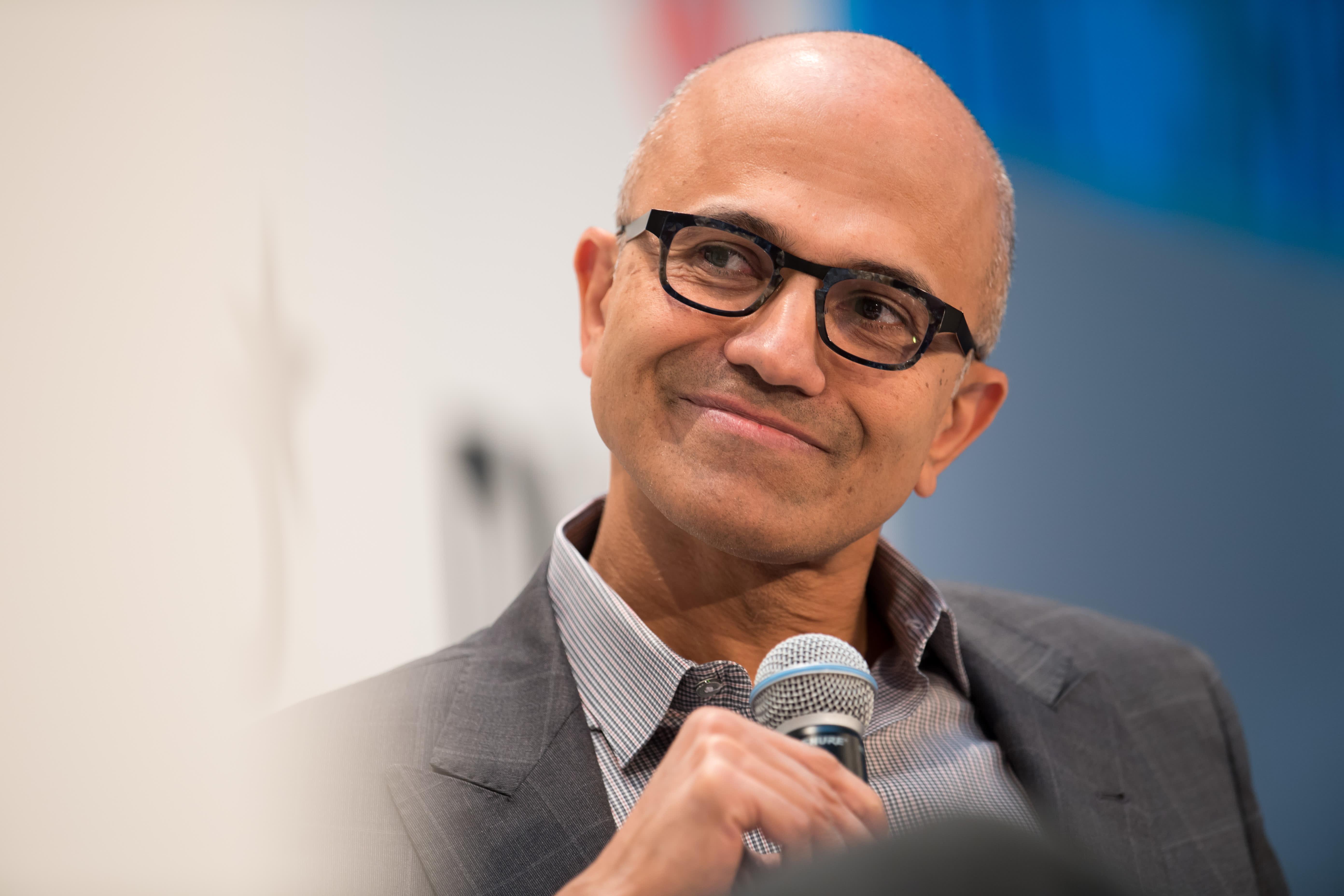 Microsoft resumes sales of Huawei laptops online