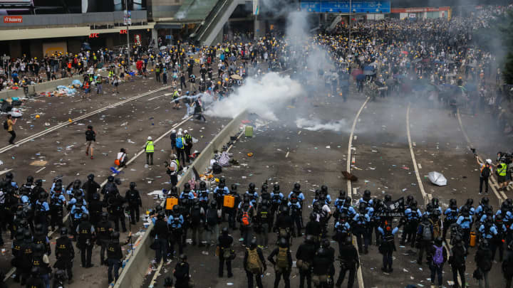 Hong Kong activists plan weekend mass rally against China extradition bill