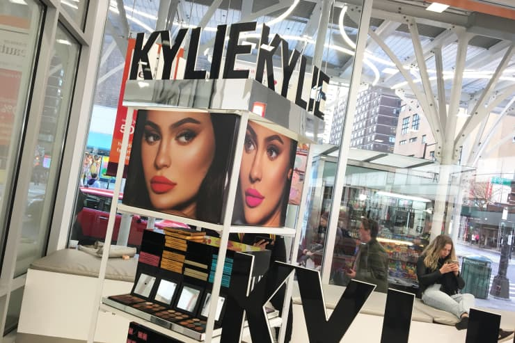 CNBC: Kylie Jenner cosmetics display