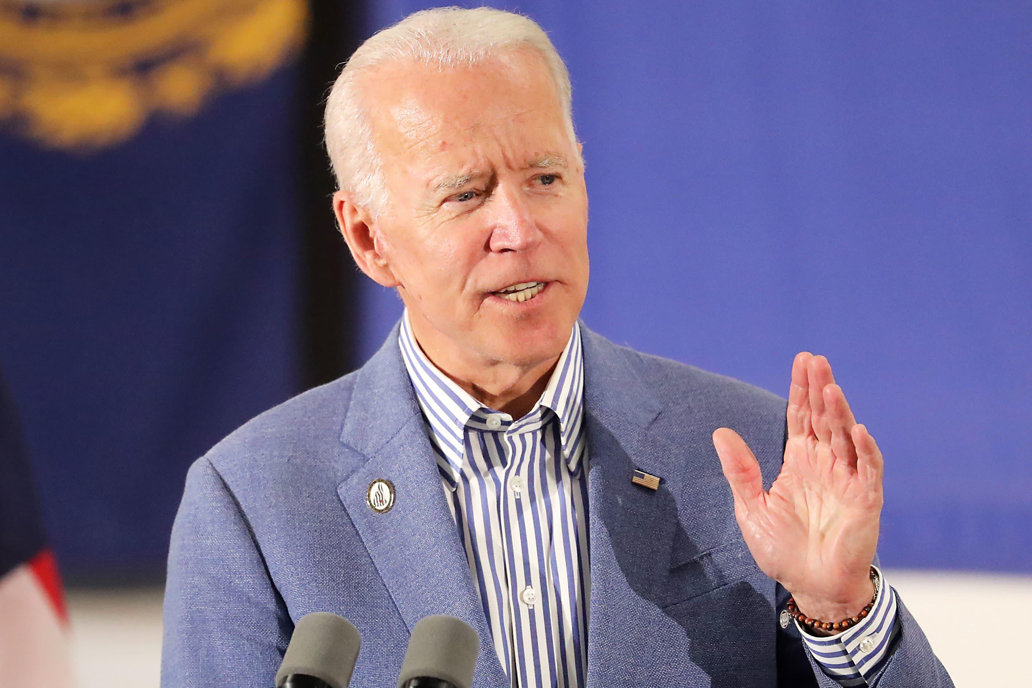 Democratic presidential candidates denounce Biden's comments about segregationist senators in personal terms