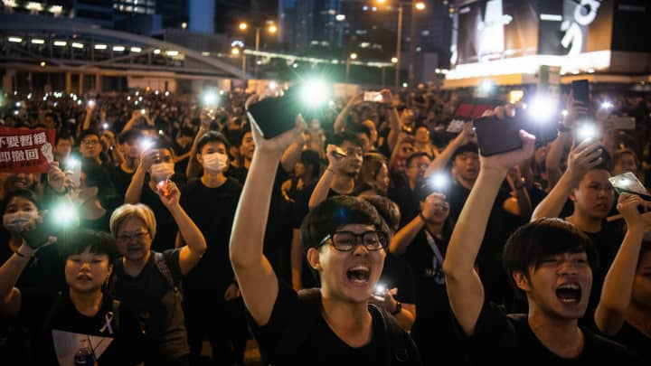 Hong Kong protest organizers say demonstrations swell to 2 million amid calls for top official to quit
