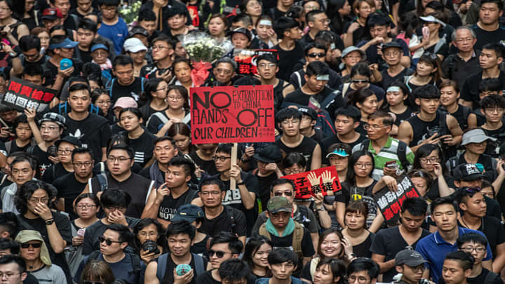 Hong Kong protesters refuse to back down despite suspension of China extradition bill