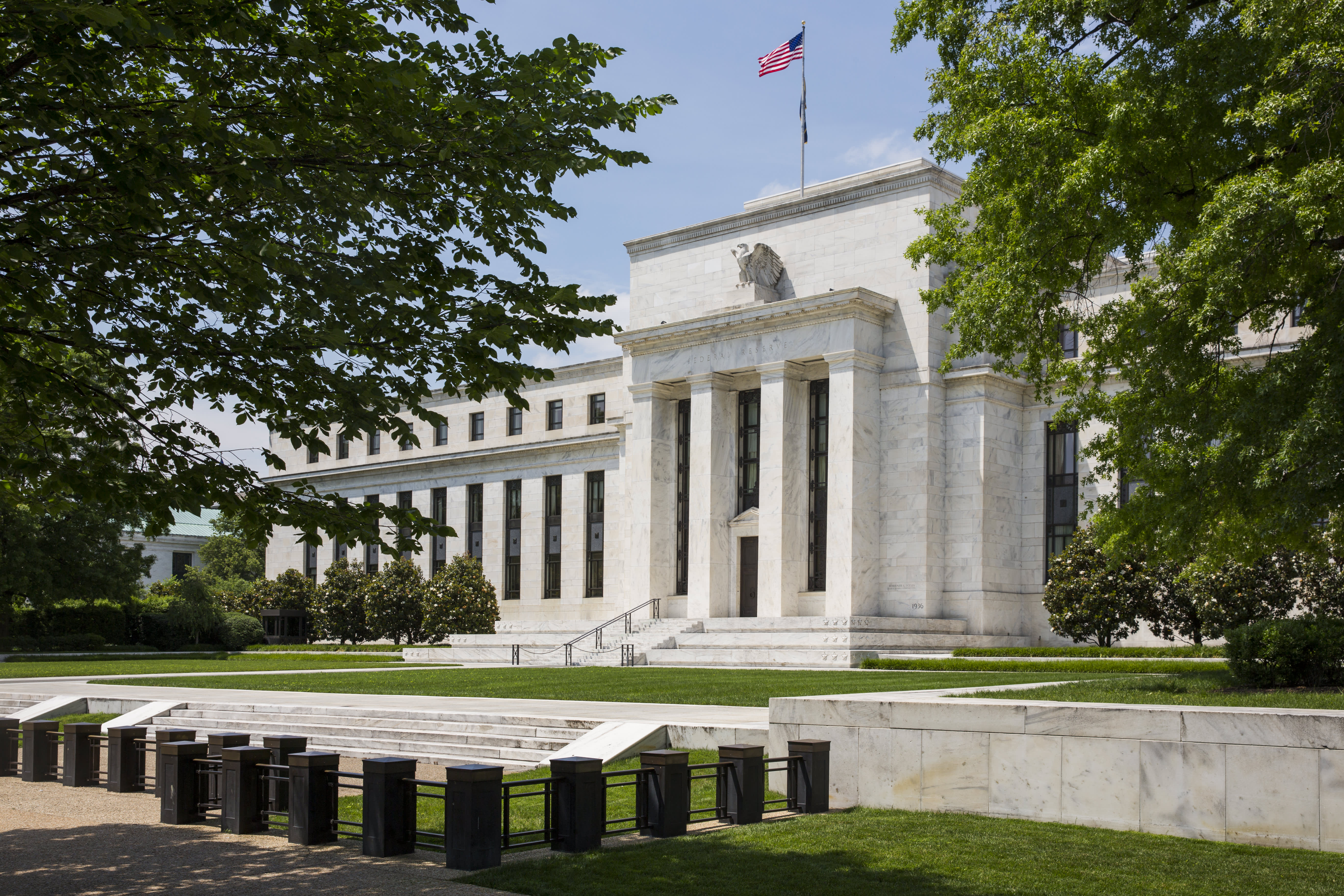 A Fed rate cut should boost stocks as long as the economy is experiencing just a 'soft patch'