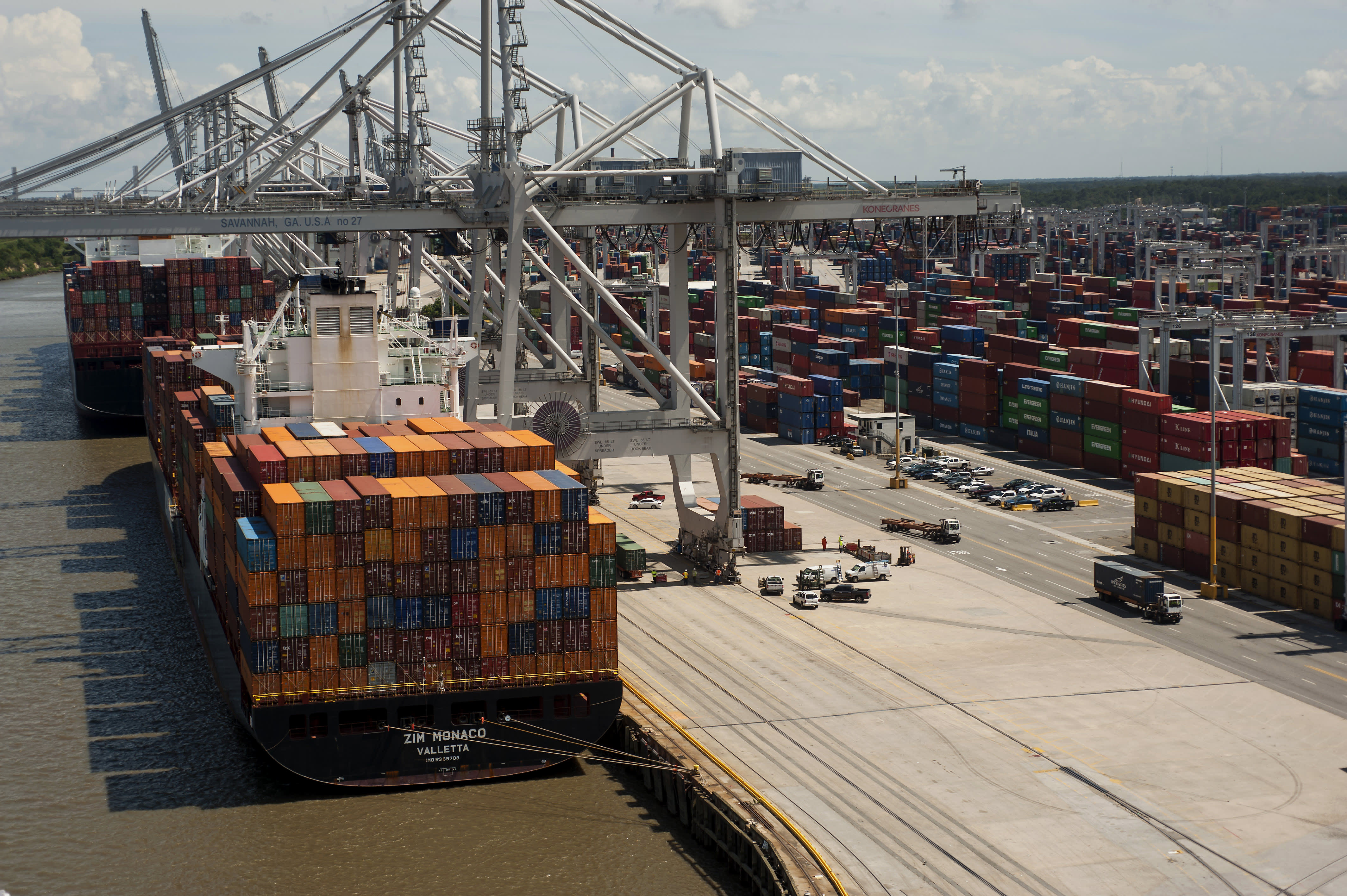 US trade deficit drops in October to lowest level in more than a year