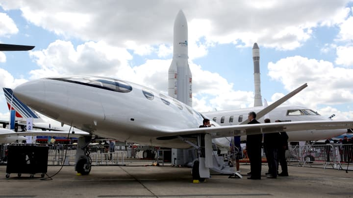 All-electric jet firm Eviation announces US regional airline as first customer, predicts delivery in 2022
