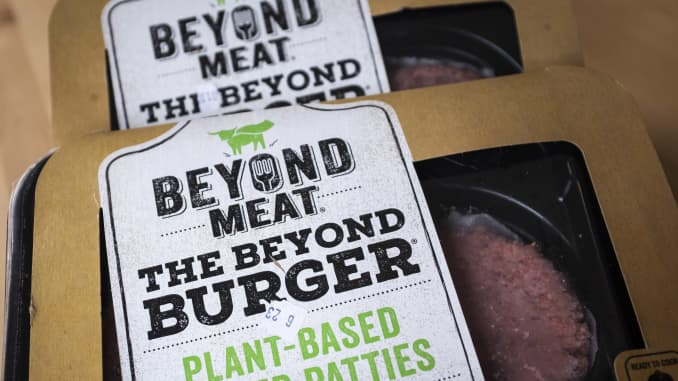 GP: Meatless Burger Maker Beyond Meat's Stock Price Continues It's Skyrocketing Rise Since Its IPO In May