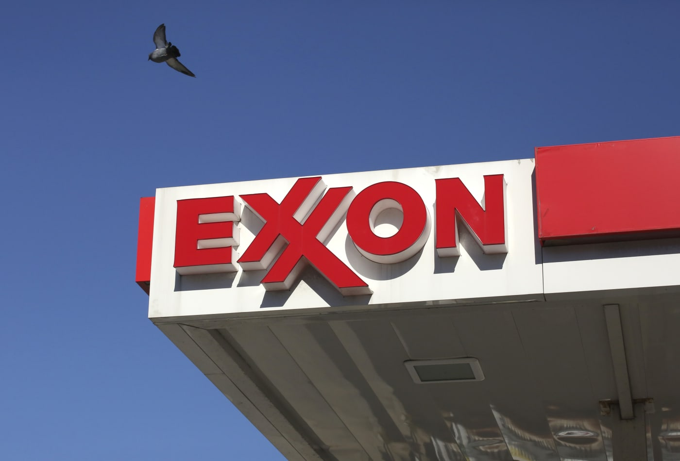 TD Ameritrade strategist explains why millennial investors have been buying ExxonMobil