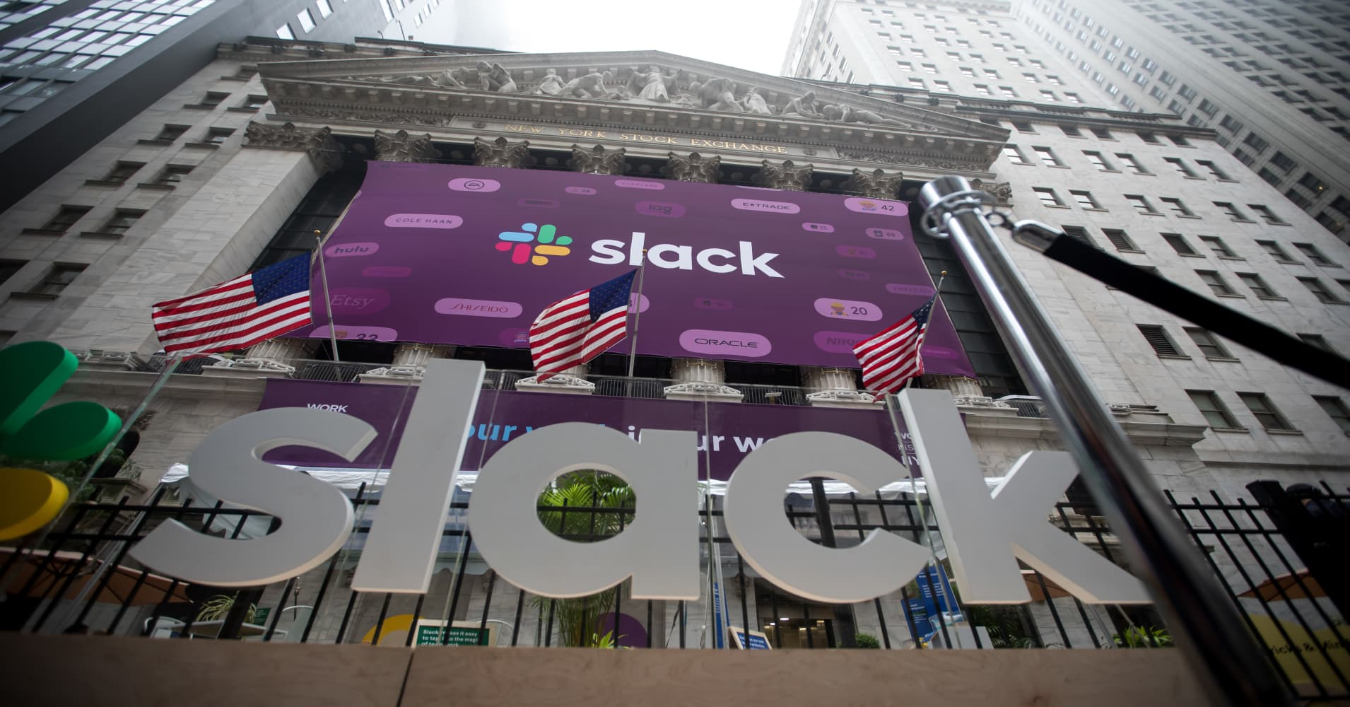 Three experts on if you should buy Slack