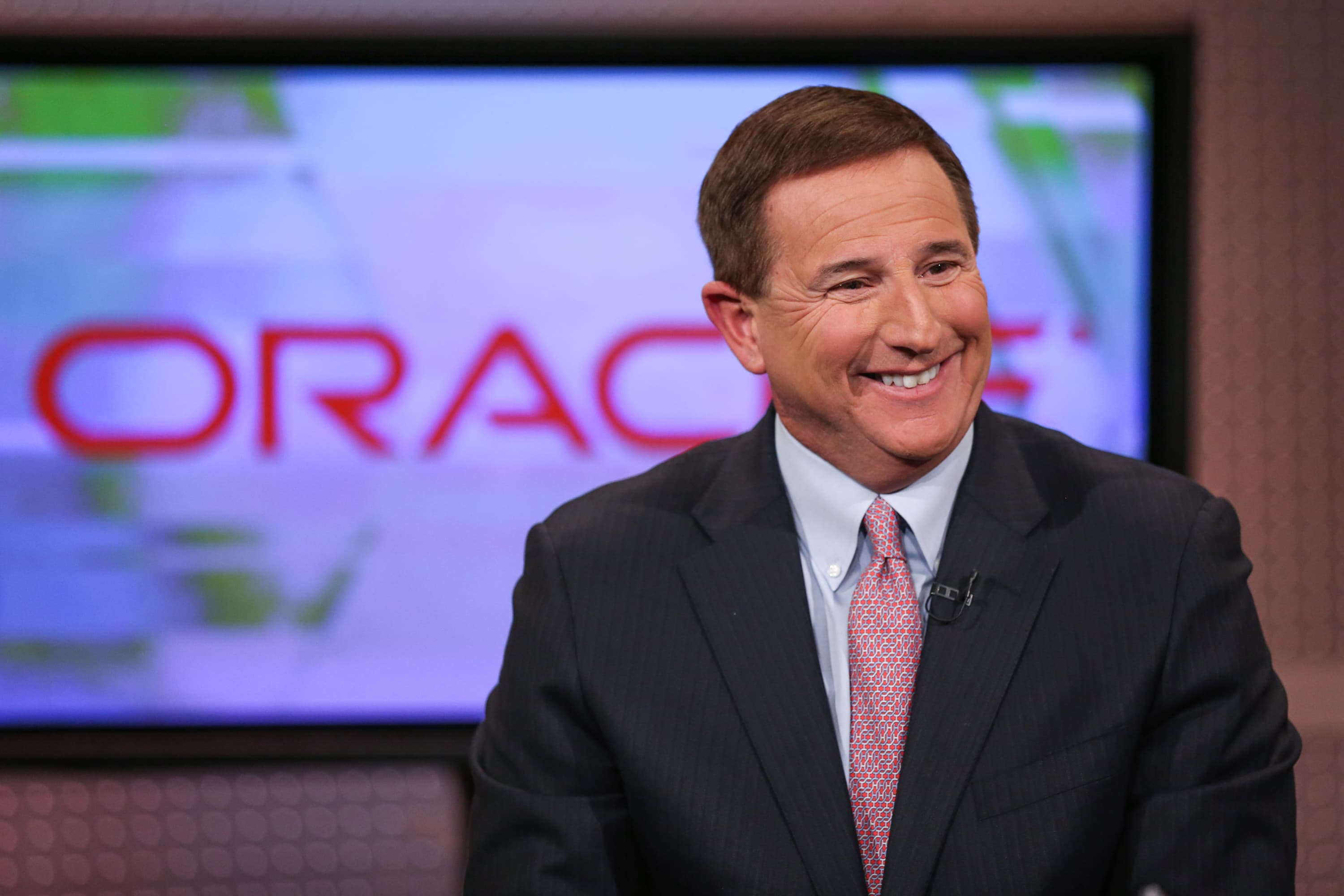 Oracle closes at record high after earnings beat