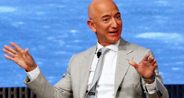 Amazon reports sales growth of 37%, topping estimates