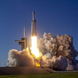 Watch SpaceX launch the world's most powerful rocket in a complex mission for the Air Force