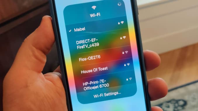 CNBC Tech: Family hotspot iOS 13