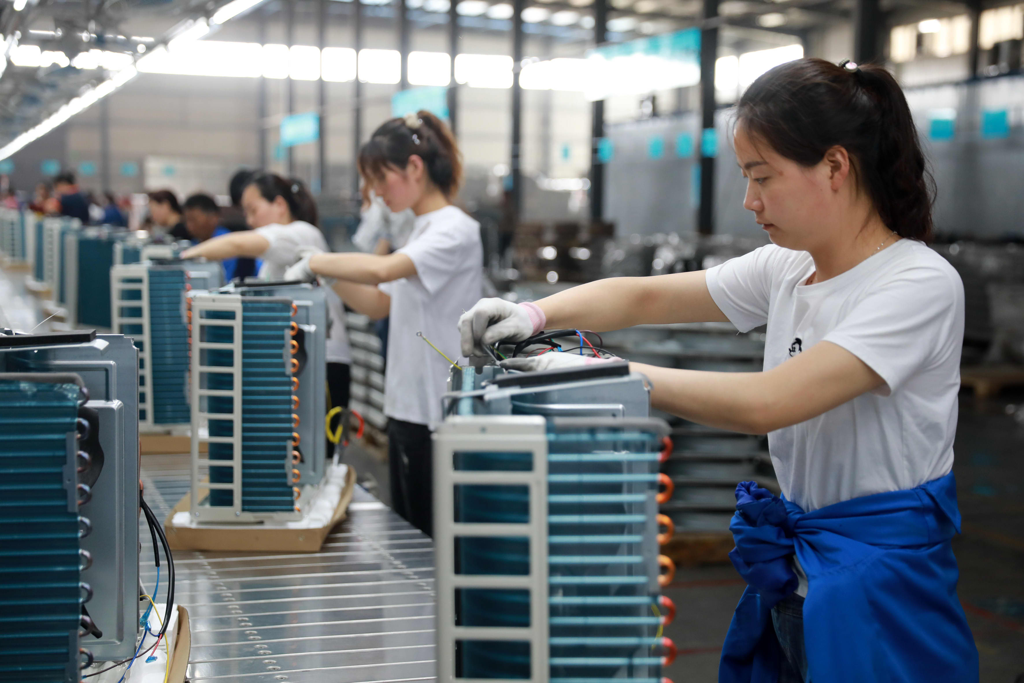 Look for 'long-term winners' as China-led slowdown slams industrials: Analyst thumbnail