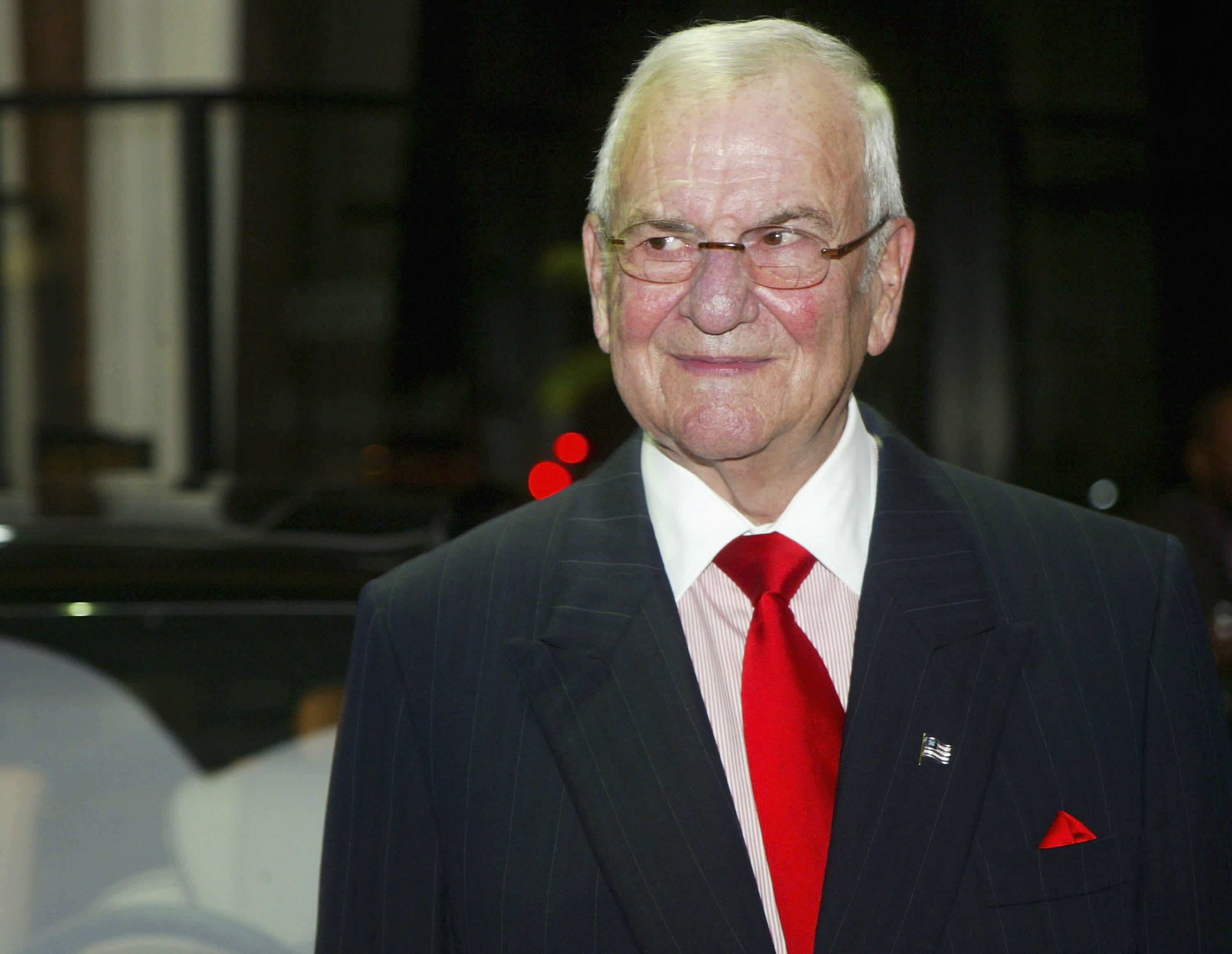 From the Mustang to the minivan, auto legend Lee Iacocca is dead at 94