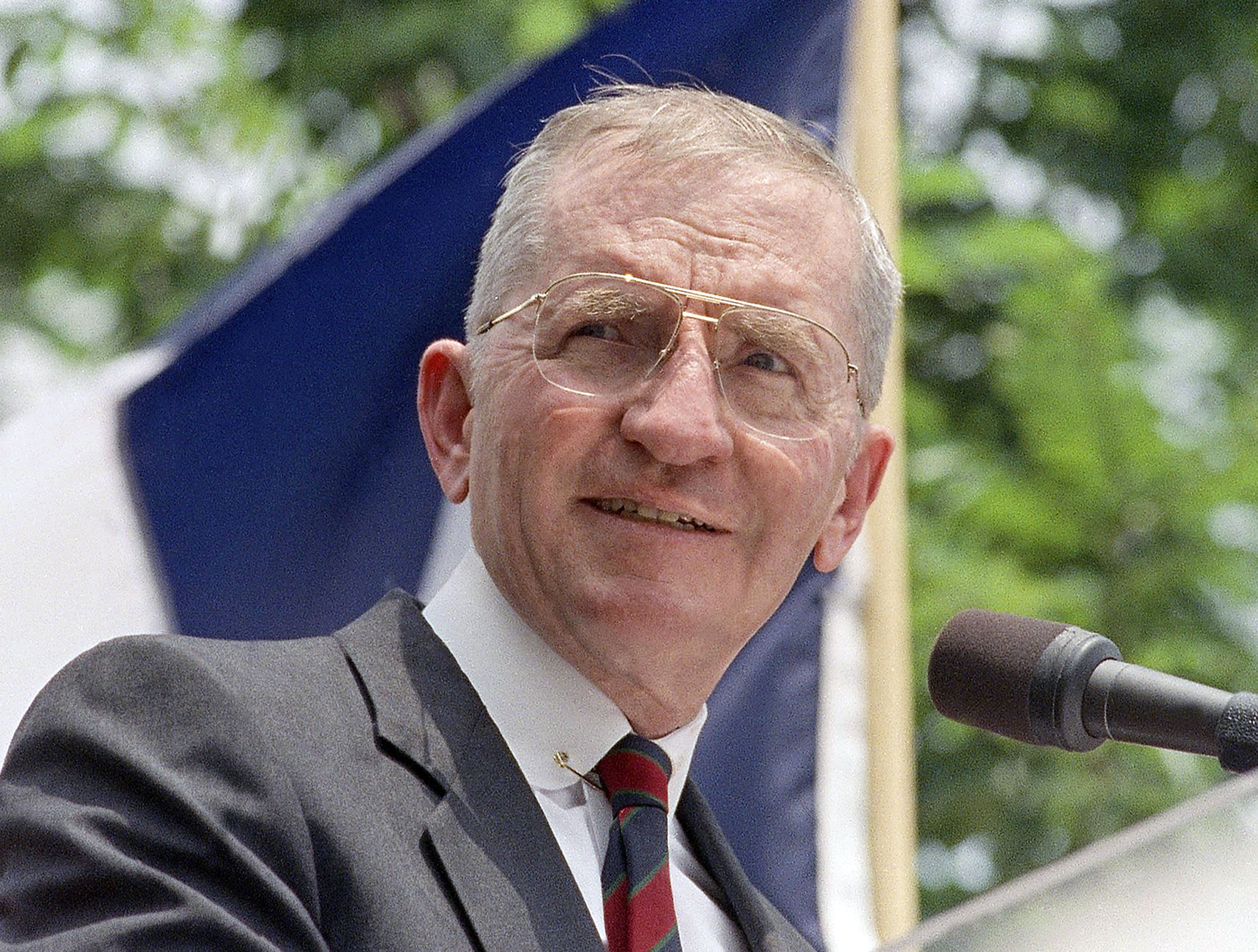 Billionaire and former presidential candidate Ross Perot is dead at 89