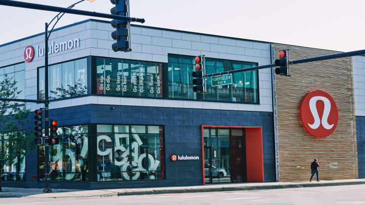 Lululemon store in Chicago
