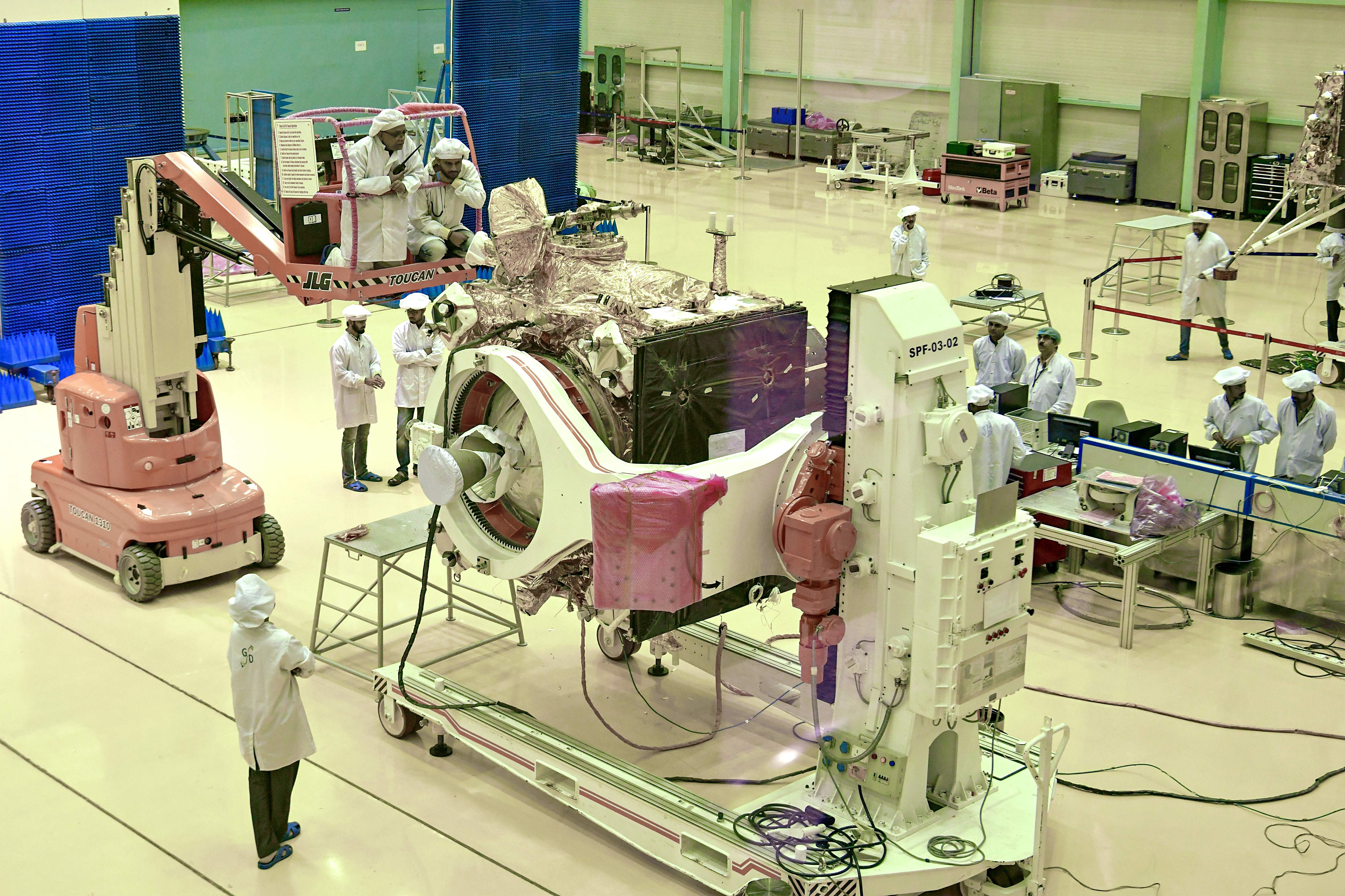 India prepares to land rover on moon in global space race thumbnail