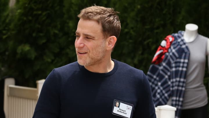 Slack CEO says he doesn't see Microsoft's reach as a threat