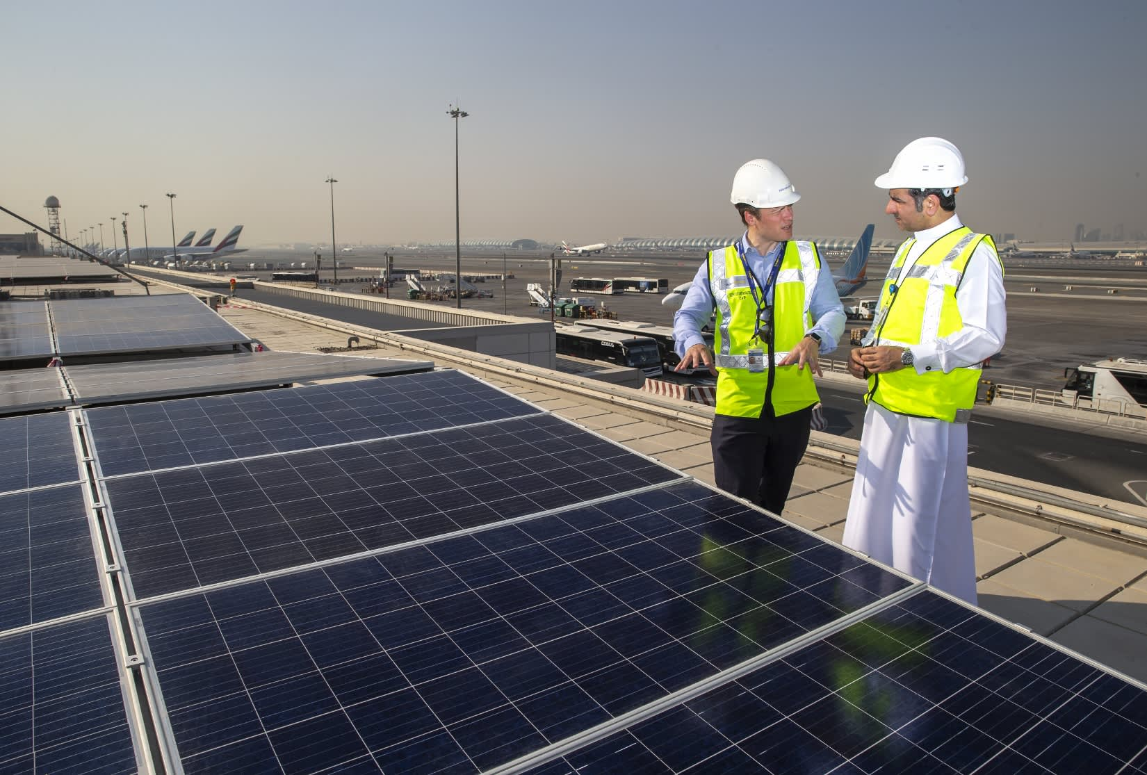 Dubai International airport installs 15,000 solar panels