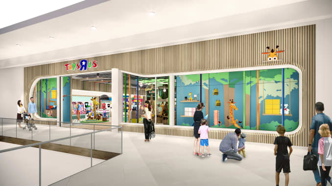 Toys R Us plots comeback with smaller stores in partnership