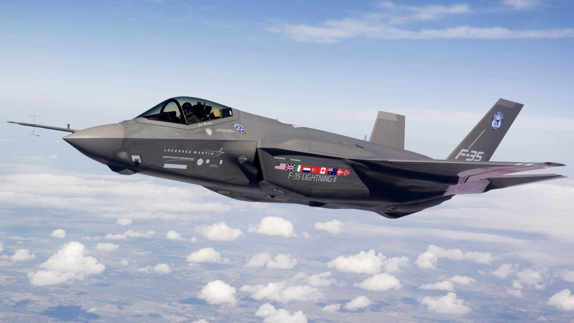 Lockheed Martin F-35 Joint Strike Fighter Lightning II