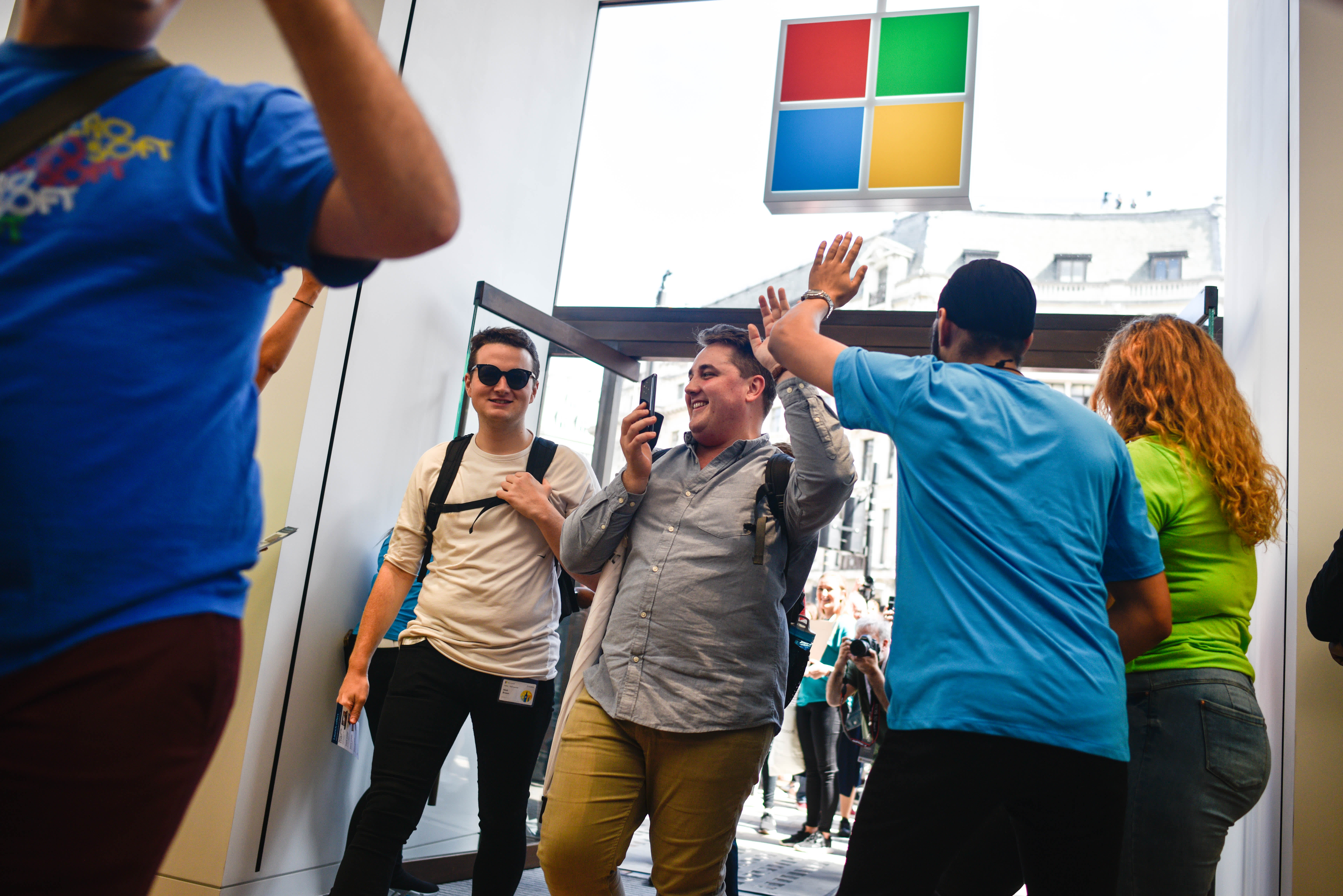 Microsoft has a clear path 15% higher from here, technician says