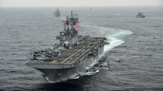 US warship shoots down iranian drone