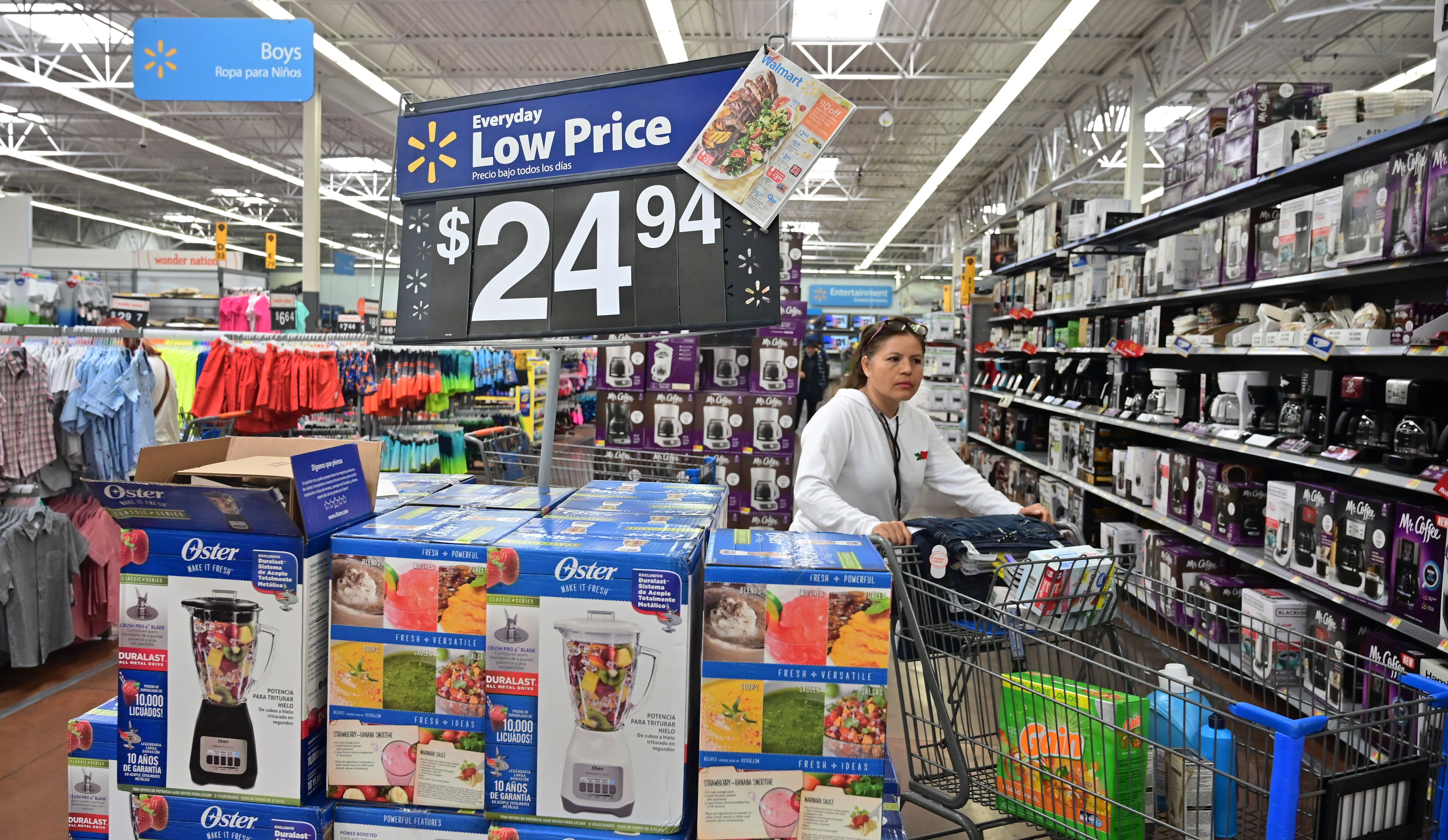 Walmart earnings beat estimates, shares rise on higher outlook ahead of holidays