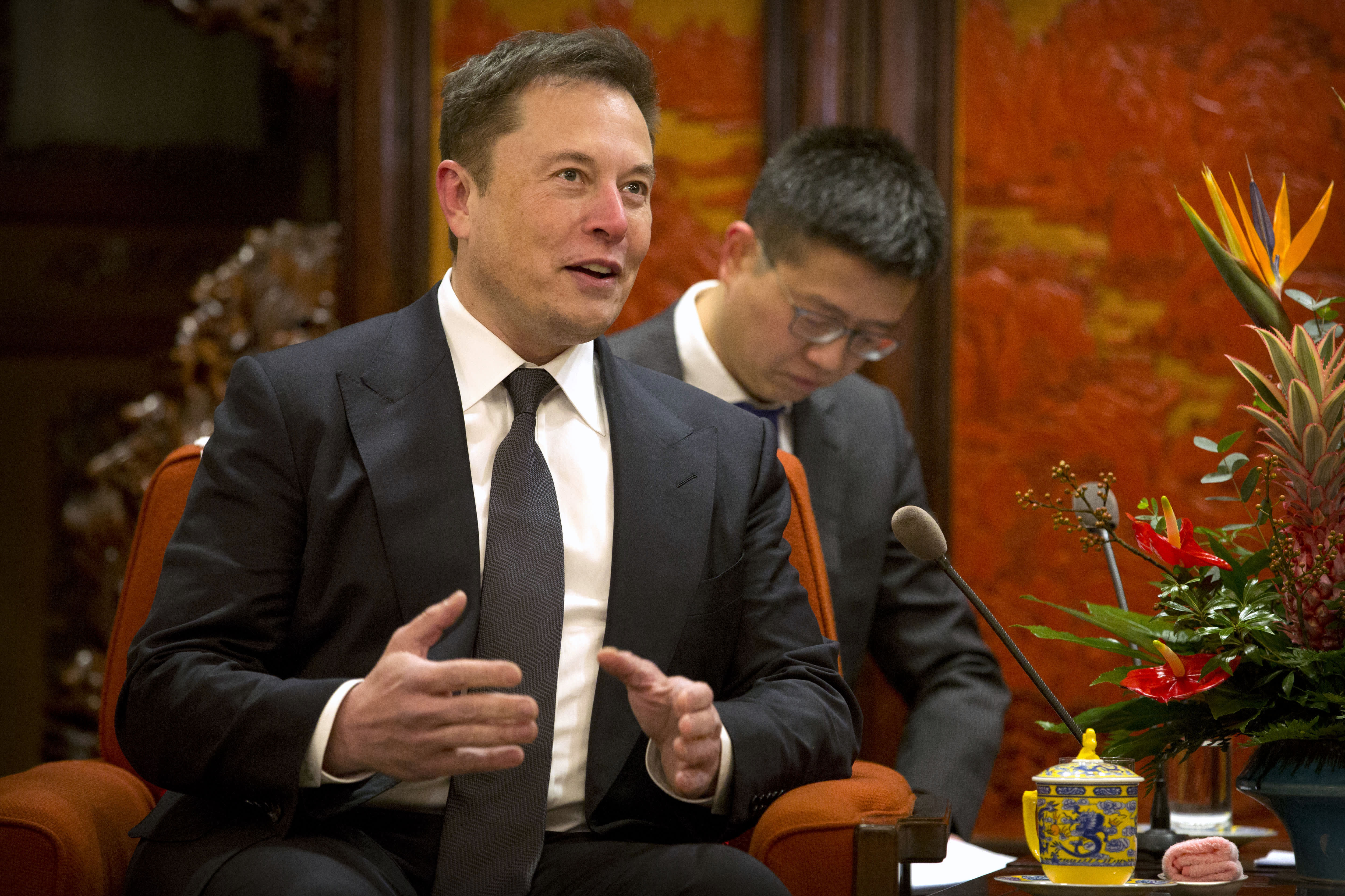 Elon Musk, Bill Gates and Warren Buffett agree: Now is the best time to be alive
