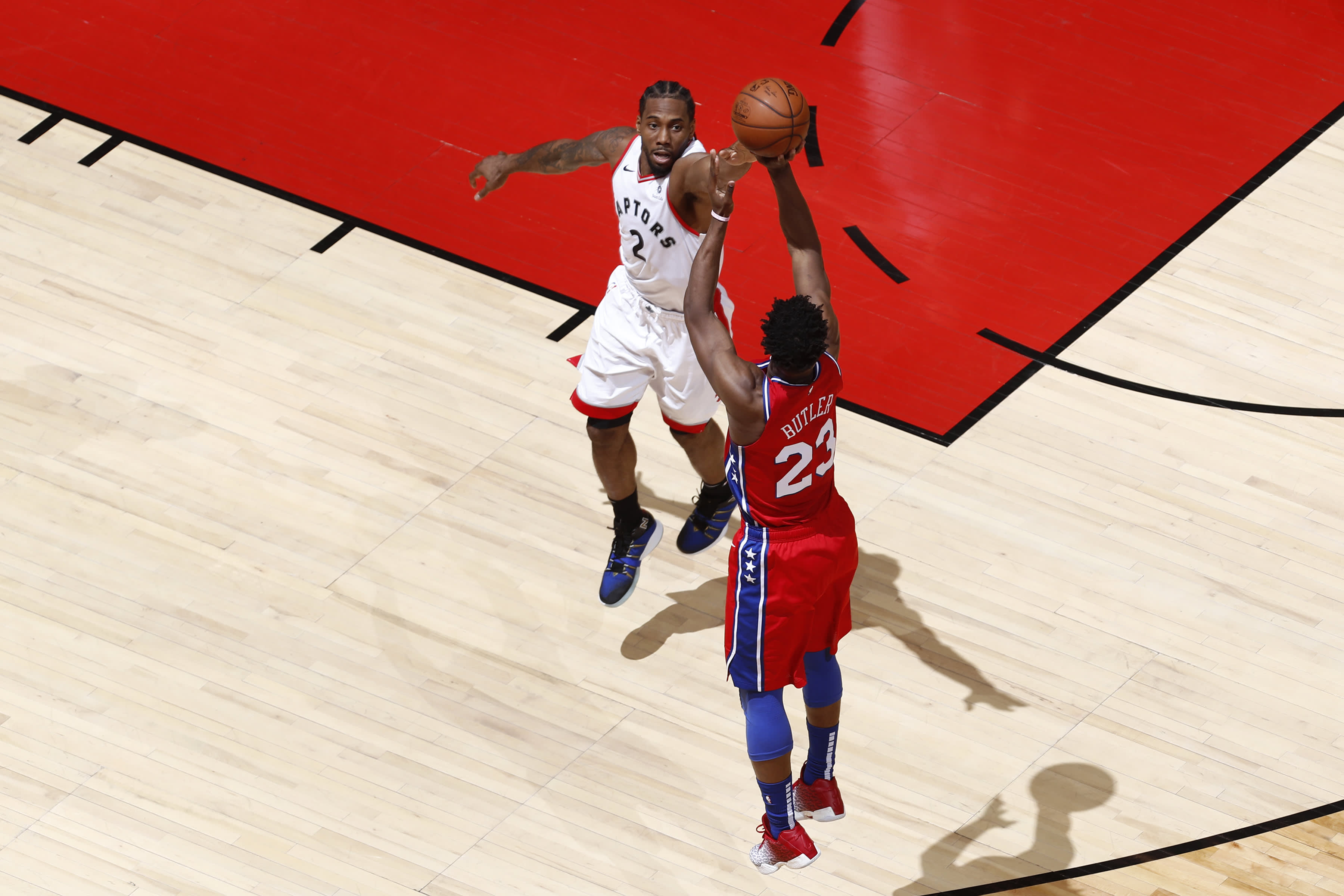 How do NBA players get big-money contracts? Not by focusing on dollar signs