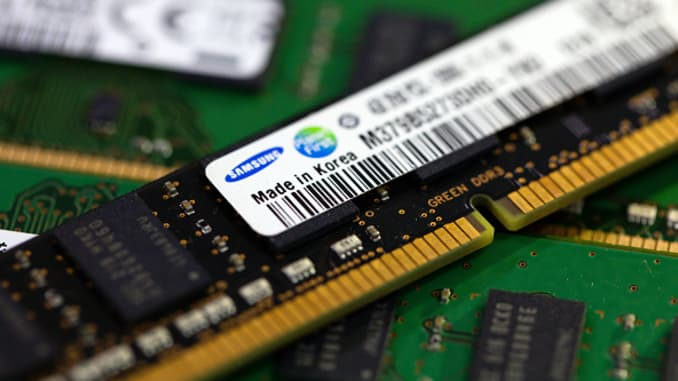 Japan-South Korea dispute impact on semiconductor supply
