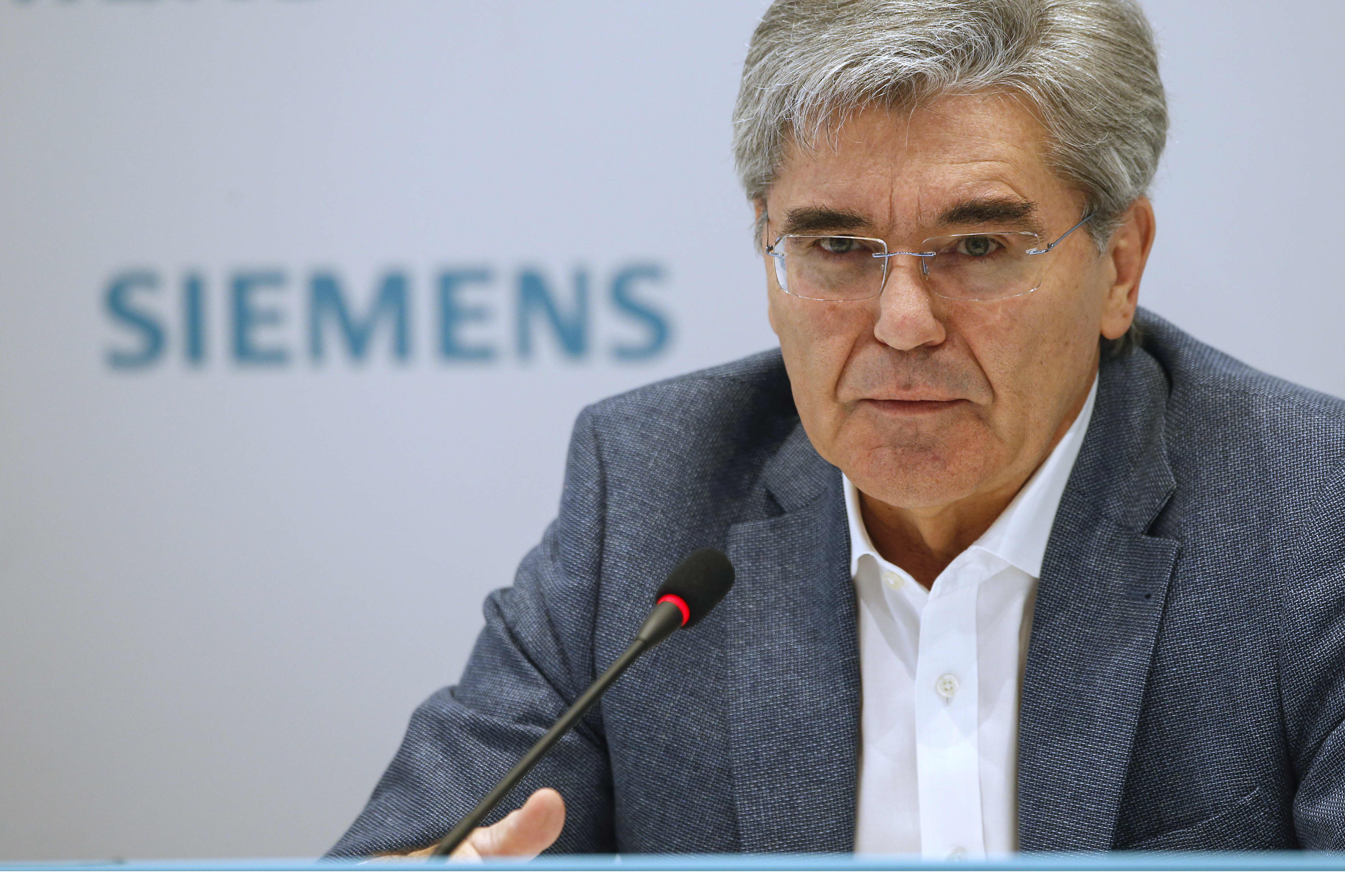 Siemens posts profit beat but strikes gloomy tone
