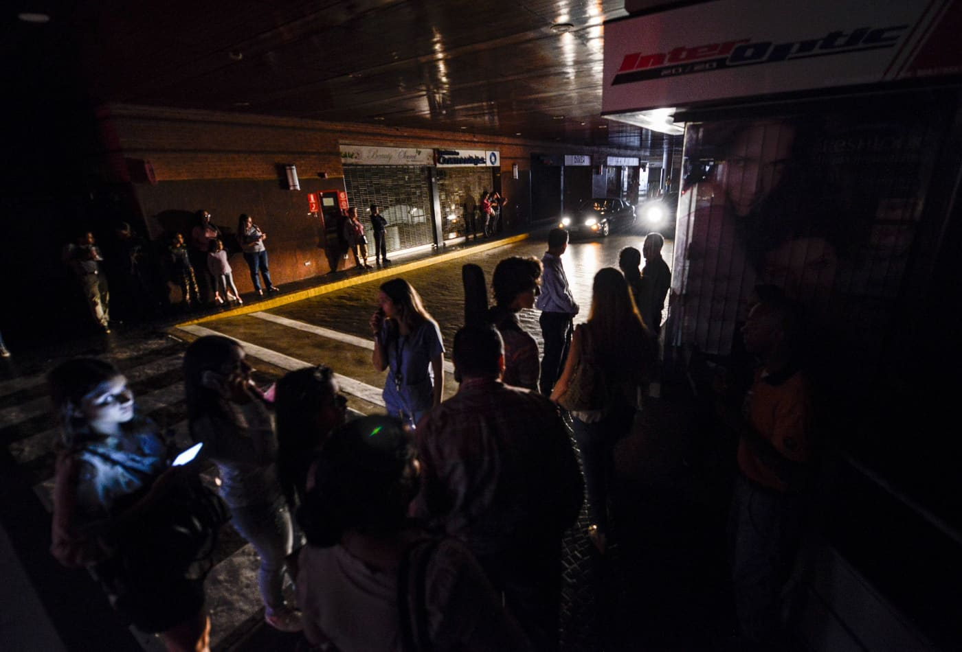 Widespread blackout hits Venezuela, government blames 'electromagnetic attack'