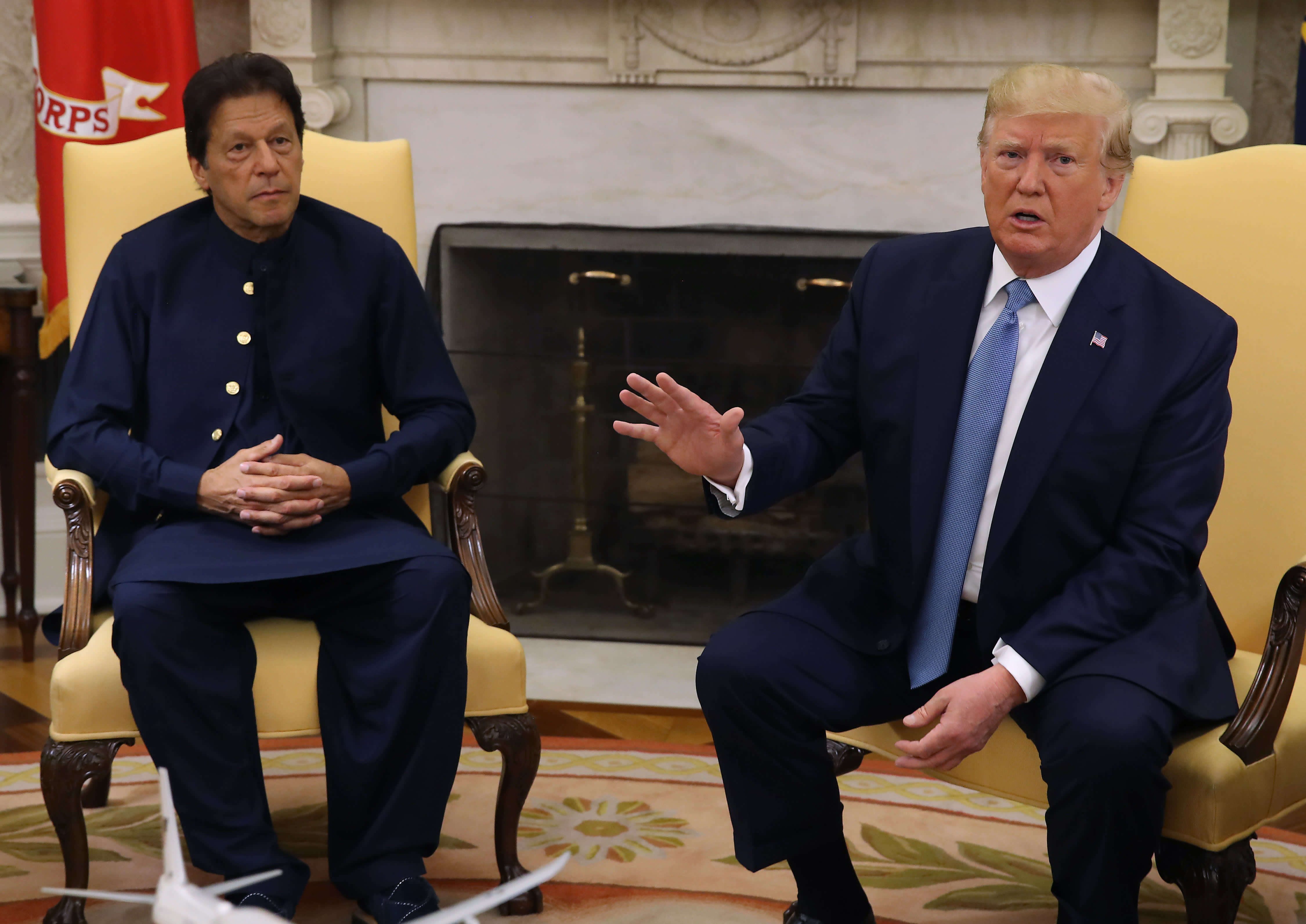 Pakistan's prime minister visits Trump, but that's not likely to help his country's struggling economy