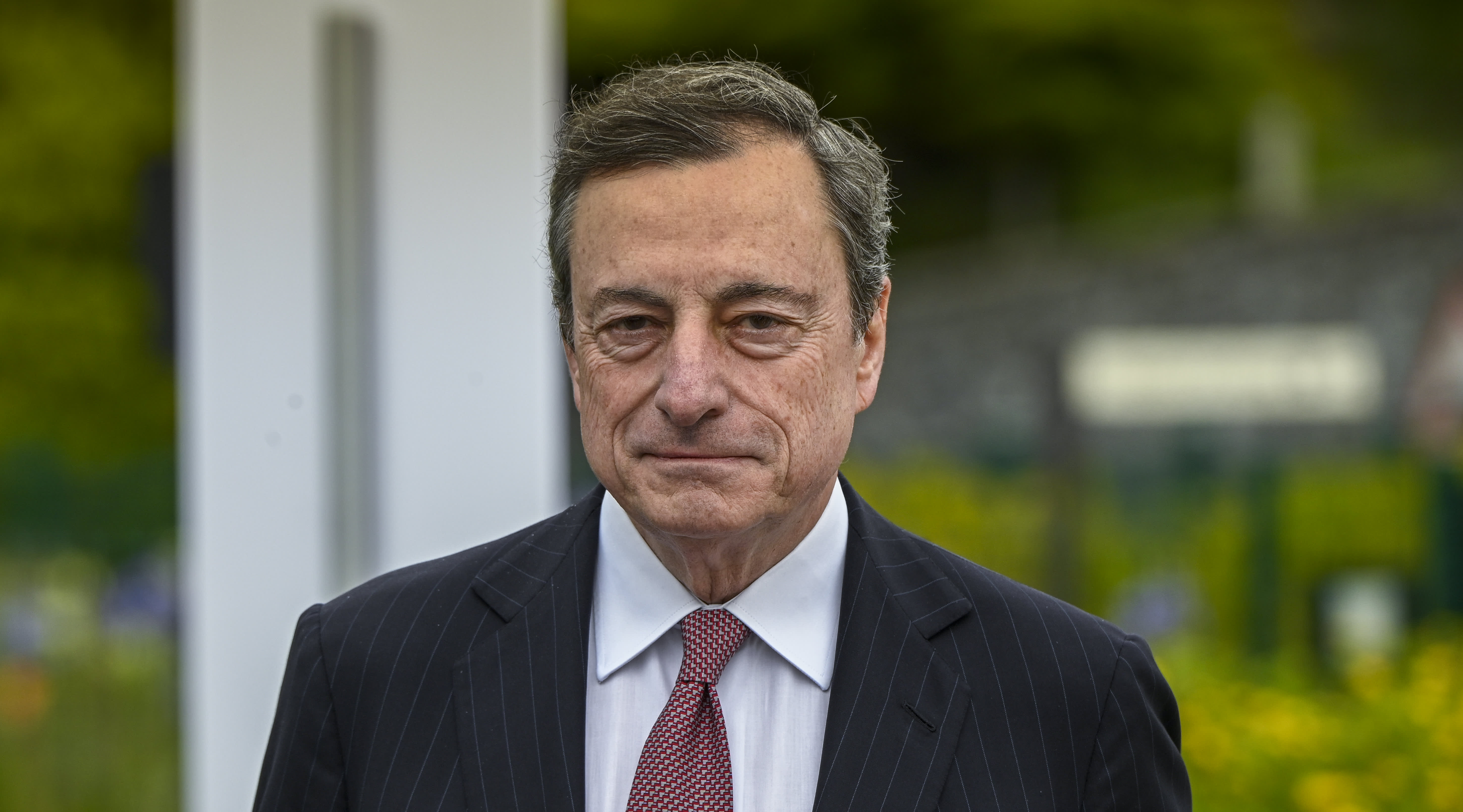 European markets close lower after Draghi's mixed message on stimulus