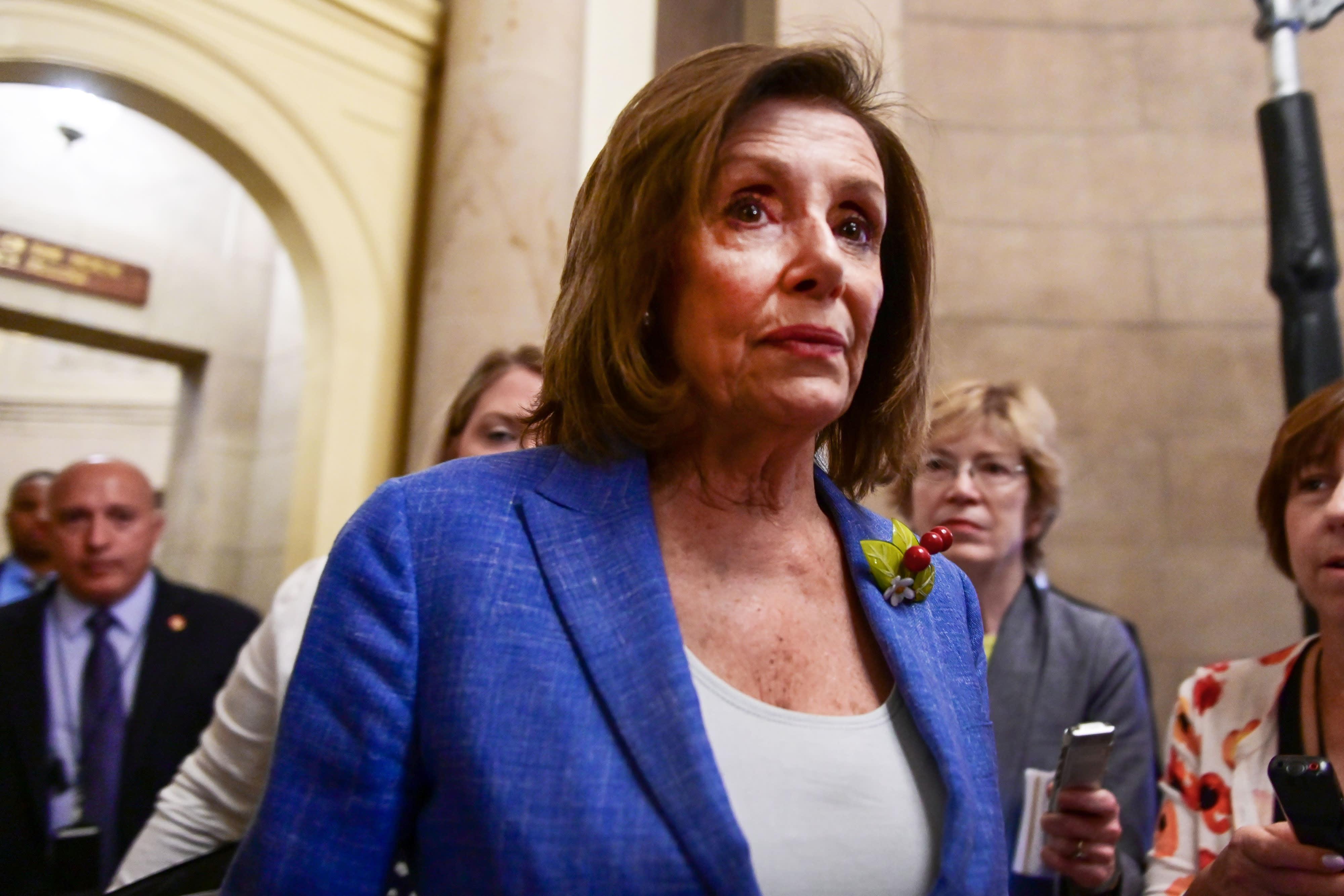 Assault weapons ban, impeachment confound House Democrats
