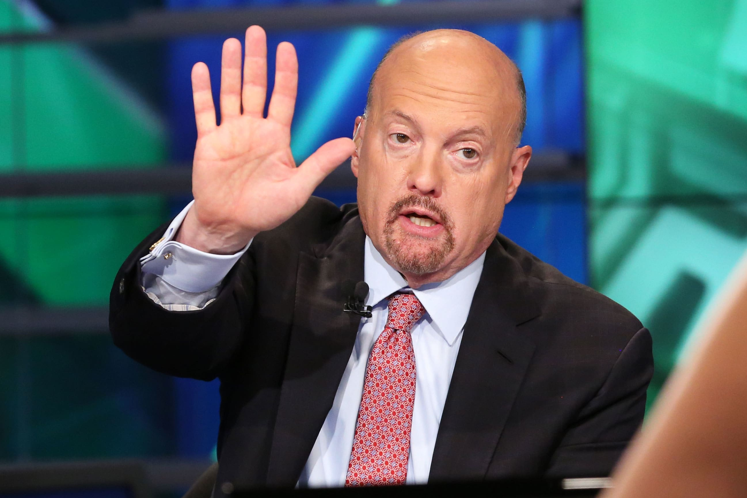 'Unfathomable market' — Jim Cramer warns against buying or selling on US-China trade headlines