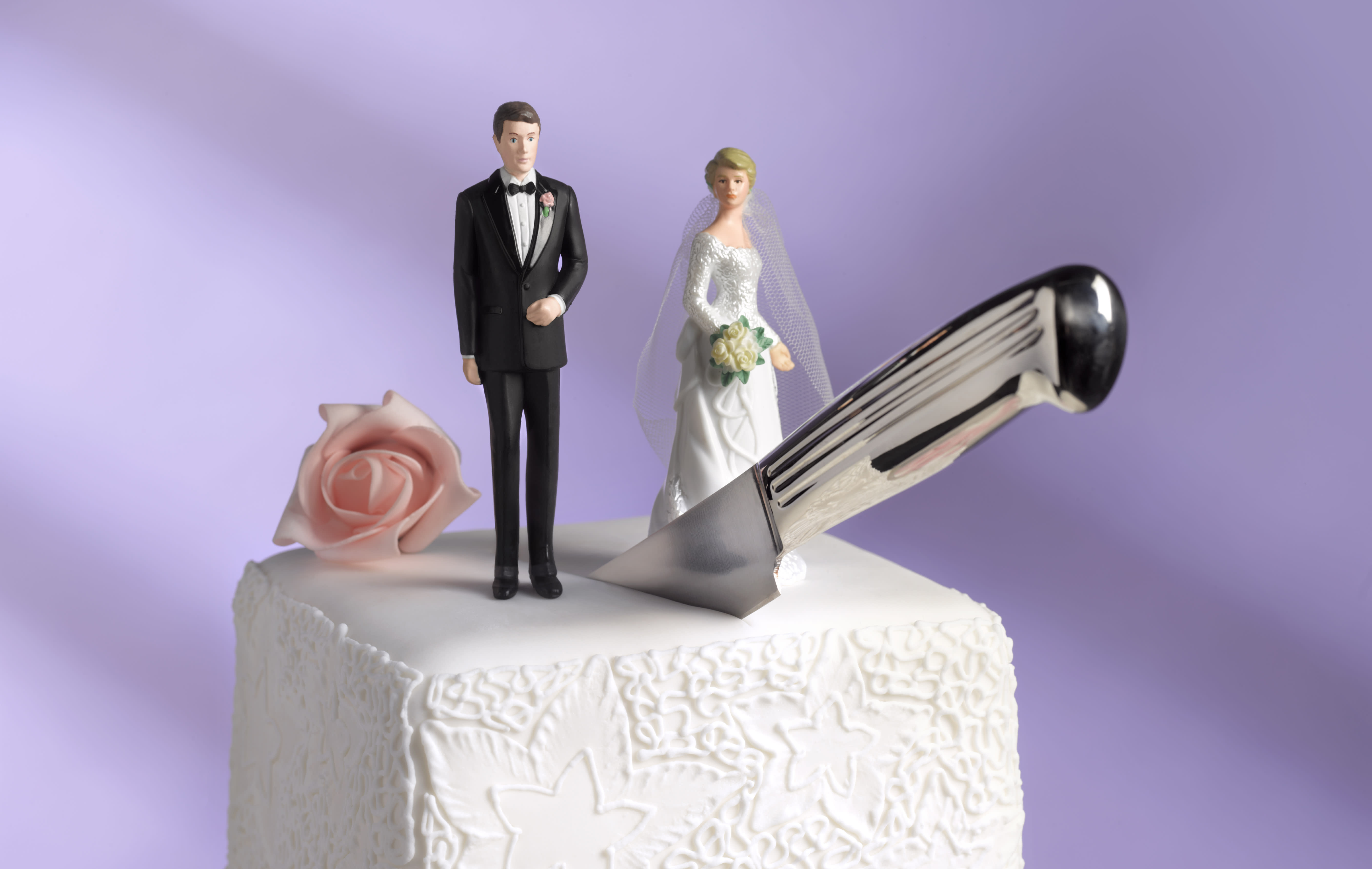 Couples weigh 'strategic divorce' to save on taxes