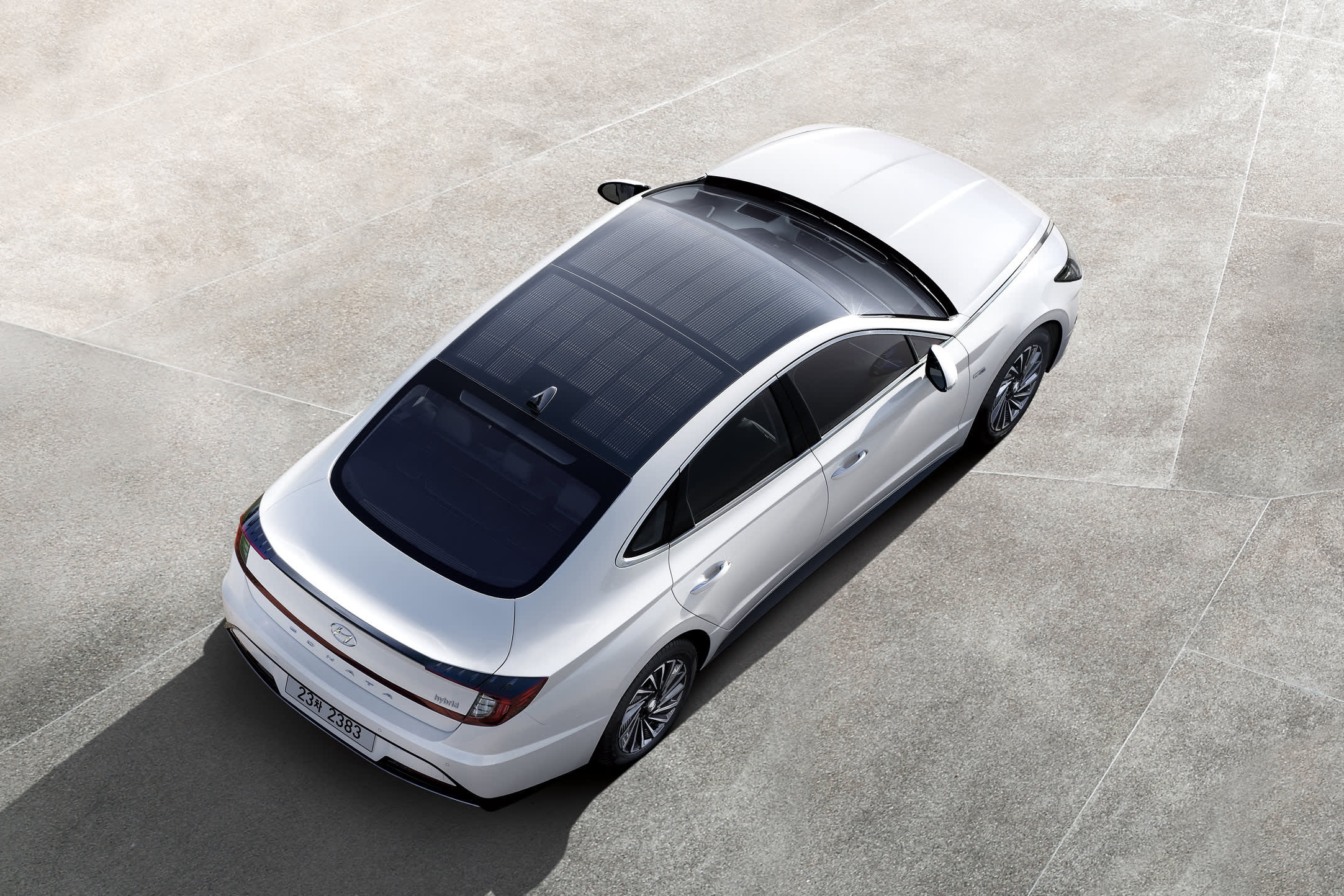 Hyundai launches car with a roof-based solar charging system