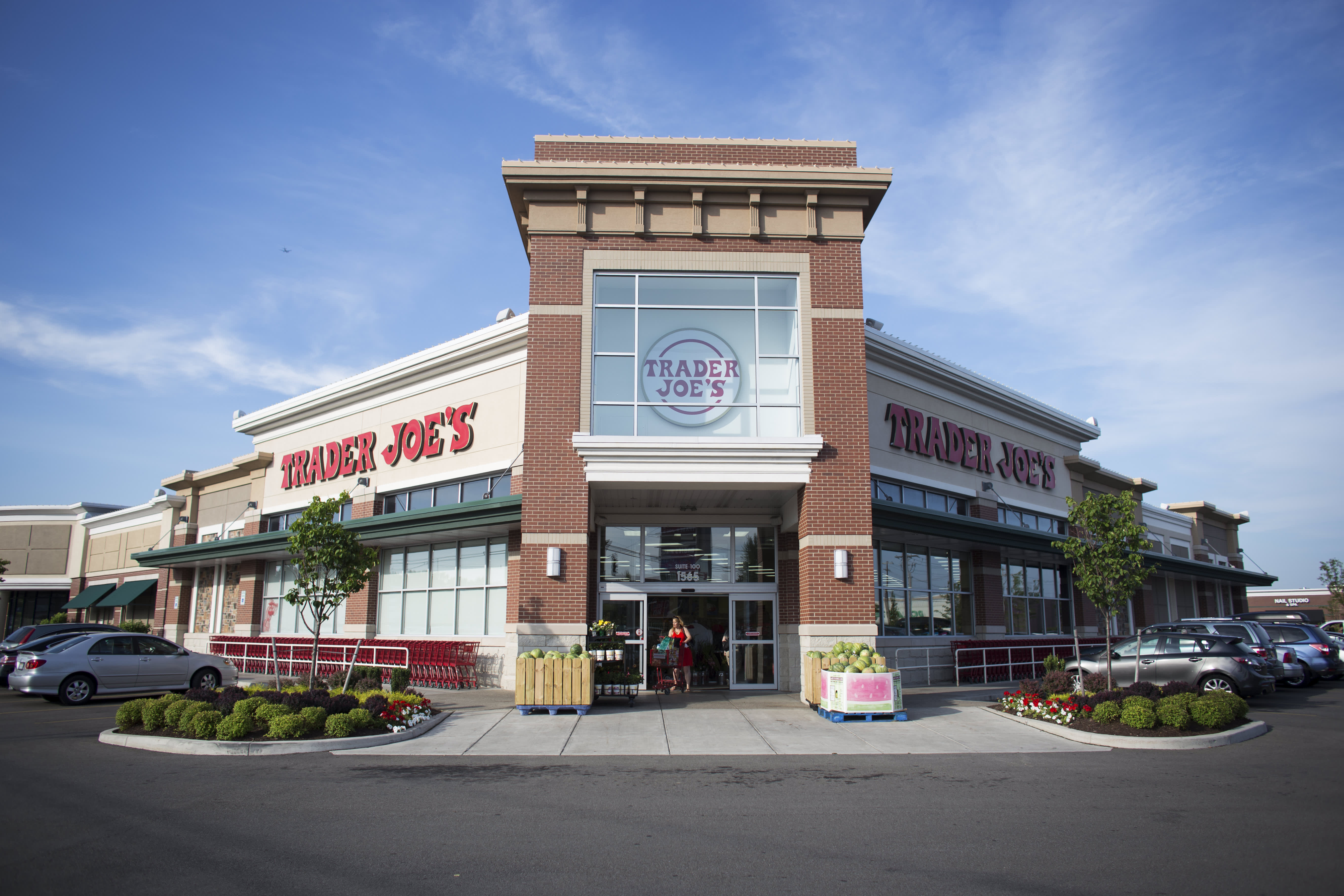 3 groceries you should always buy at Trader Joe's instead of Aldi