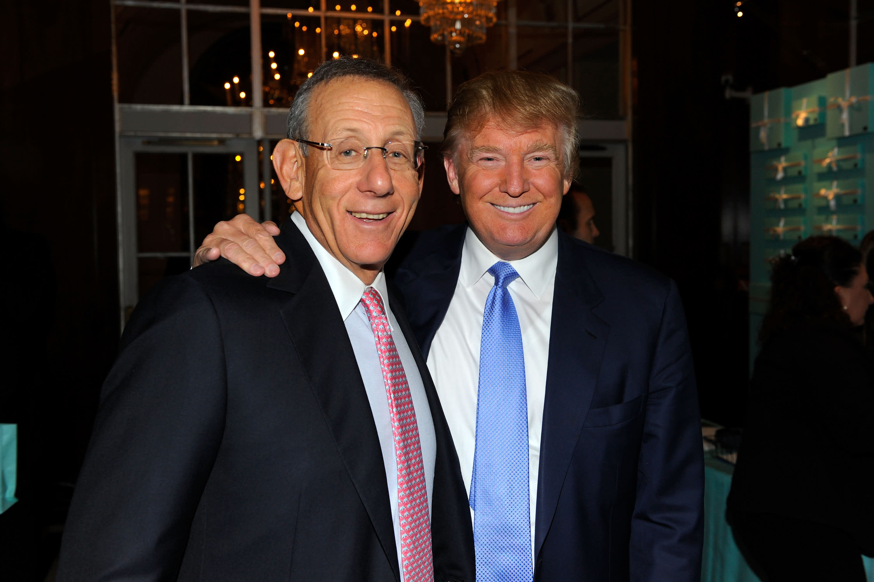 Trump's money ties to NFL owners go much deeper than Dolphins' Stephen Ross