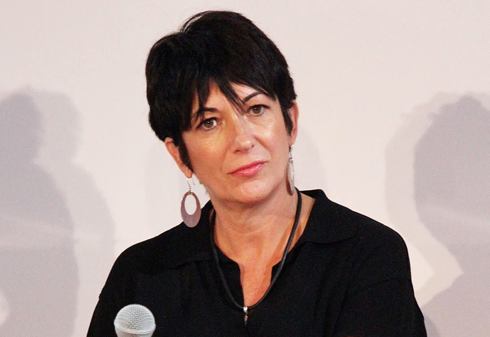 Judge sends Ghislaine Maxwell to New York to face criminal child sex charges linked to Jeffrey Epstein