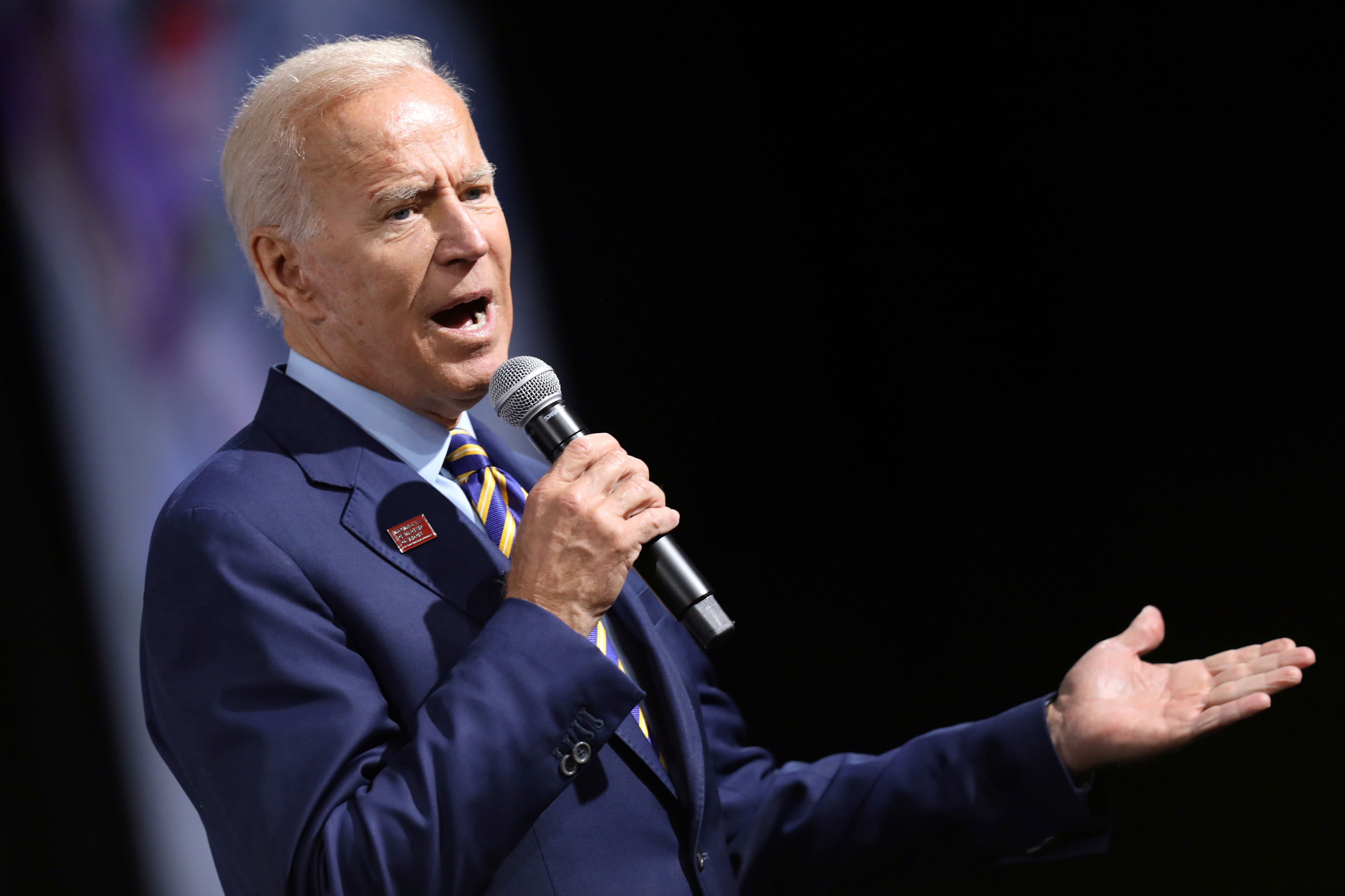 Biden says Trump should release transcript of Ukraine call so 'the American people can judge for themselves'