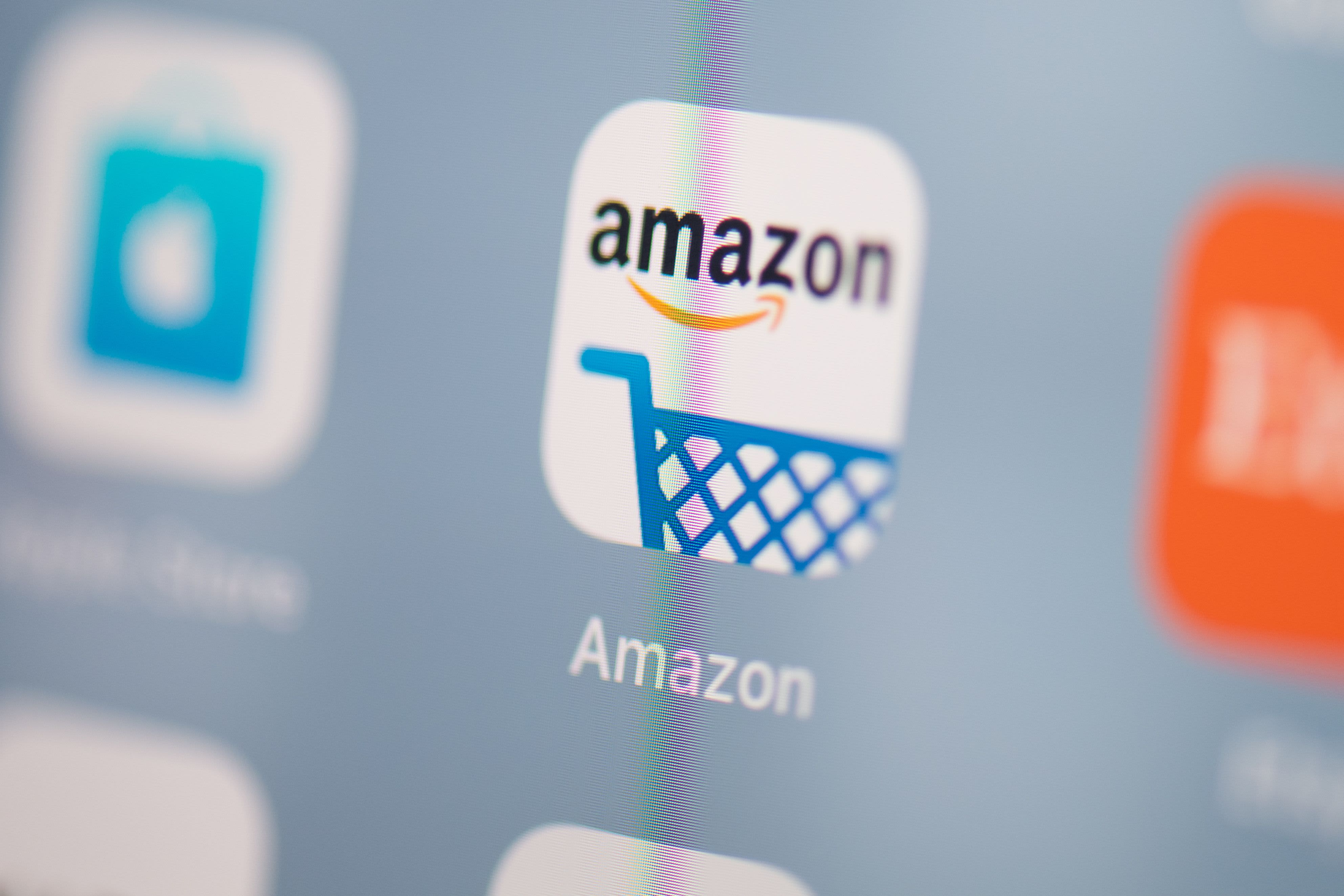 Techmeme: Amazon raises seller fees by 3% for thousands of