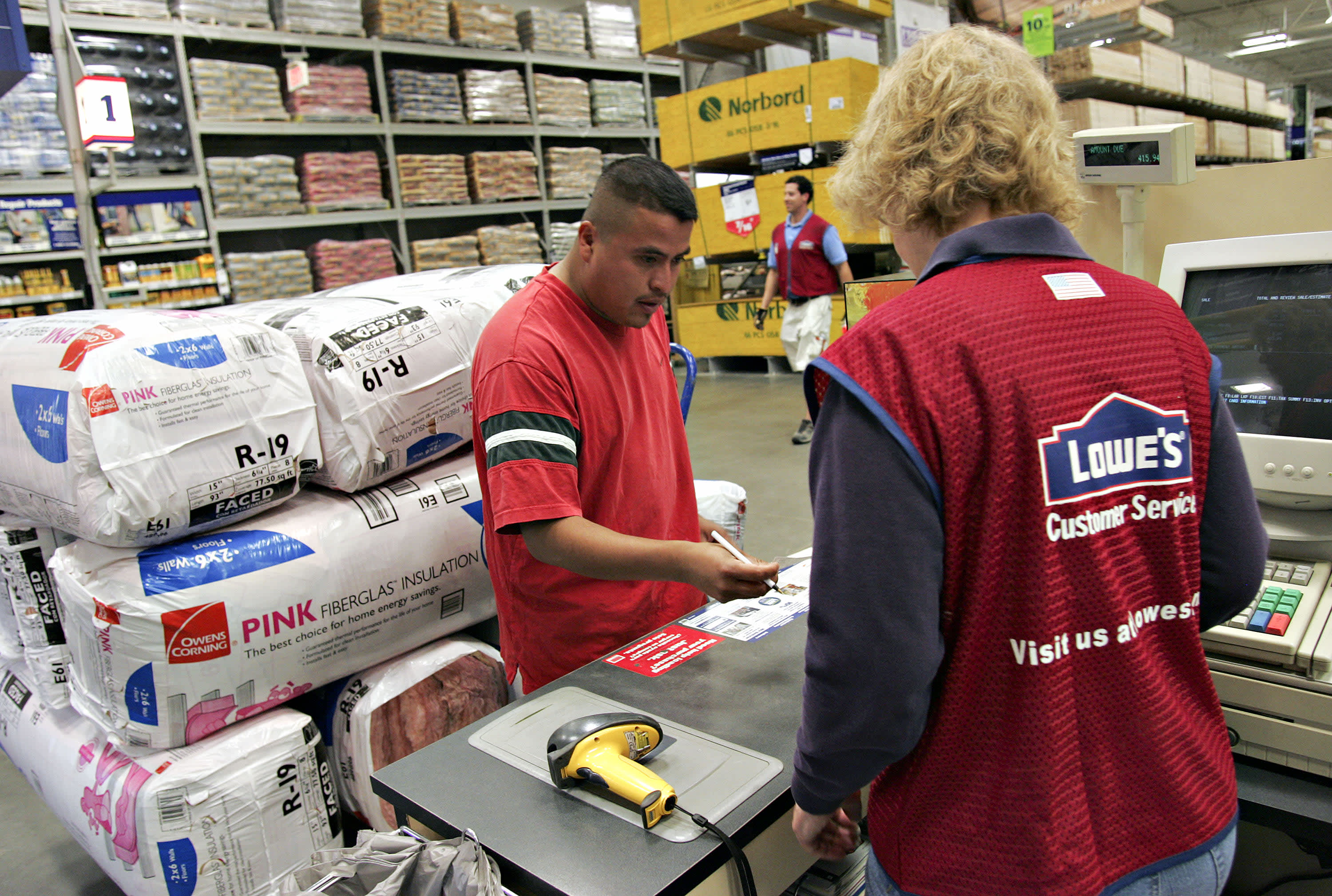 Lowe's credits this new strategy in beating Home Depot on sales growth