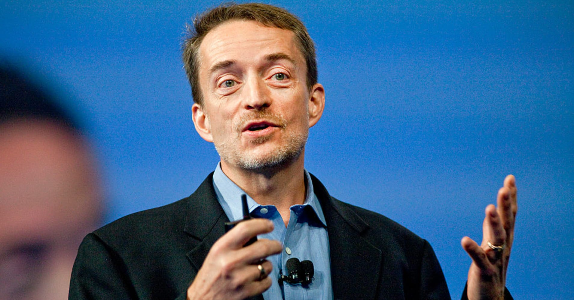 VMware to buy Carbon Black & Pivotal for $4 8B