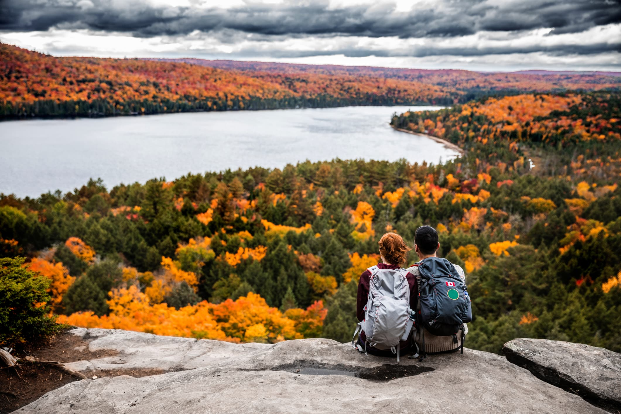 Want a budget-friendly trip this fall? Follow these 10 tips